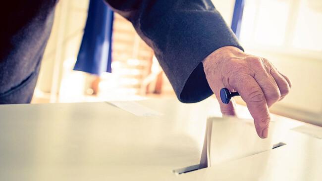 Wahl Wahlen wählen Wahlurne Symbolbild Symbolbild