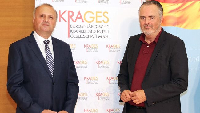 Landeshauptmann Hans Peter Doskozil (r.) und KRAGES-Geschäftsführer Hubert Eisl.