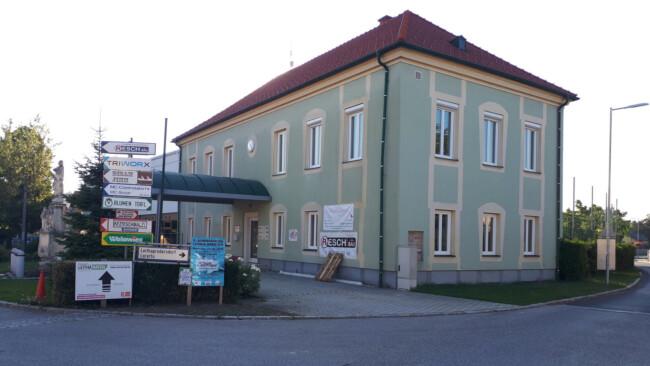 Gemeindeamt Wimpassing an der Leitha Symbolbild