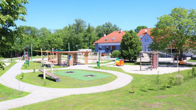 440_0008_8094399_nsd23_orWallern_Spielplatz1