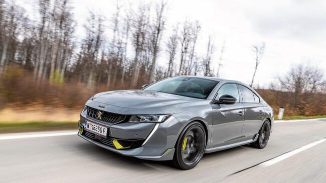 Peugeot Achtung: Löwe im Tiefflug!