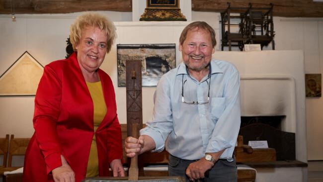Landtagspräsidentin Verena Dunst und Museums-Gründer Gerd Kisser