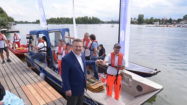 Auch ein Impfboot gehört zu den Wiener Corona-Maßnahmen