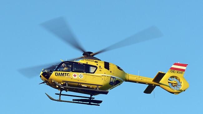 Drei Hubschrauber brachten die Verletzten in Spitäler