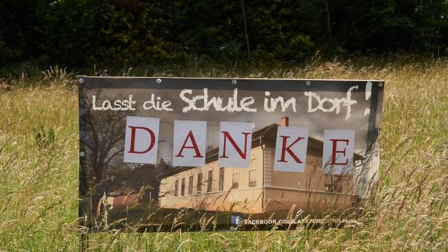440_0008_8180408_owz37david_jen_henndorf_schule.jpg