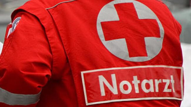 Rettung Notarzt Unfall Symbolbild