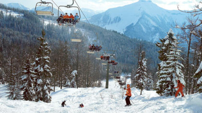 Winterlandschaft  Sessellift Wintersport Ski Schi Schnee Skifahrer Schifahrer Abfahrt Wintersportler Berge Piste Sport