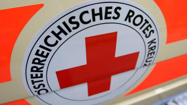 Rotes Kreuz Rettung Notarzt Notfall Krankenhaus
