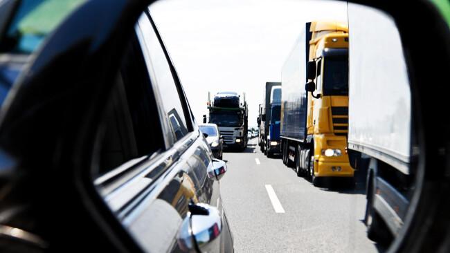 LKW Stau auf Autobahn