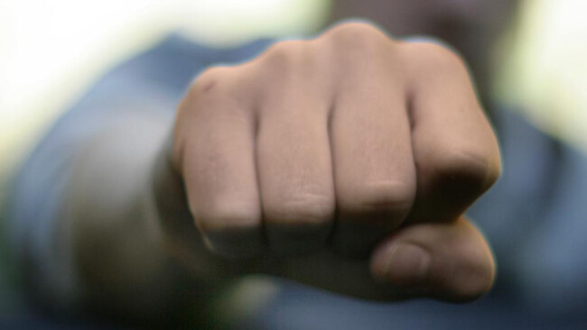 Gewalt Faust Schlägerei