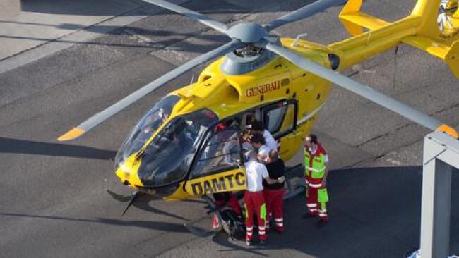 ÖAMTC Hubschrauber Rettung Notarzt Unfall Widescreen