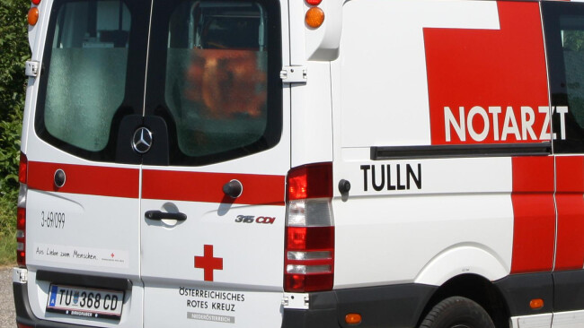 Notarzt Rettung Rotes Kreuz Symbolbild