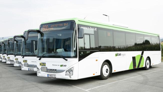 440_0008_6429037_nsd49pia_bez_vorregio_busse Symbolbild Bus Busse VOR