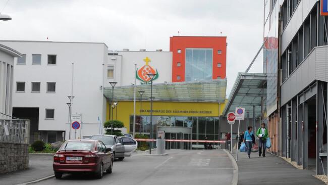 Symbolbild Pöttsching Krankenhaus Eisenstadt: Lange Wartezeit für Schlaganfallpatient