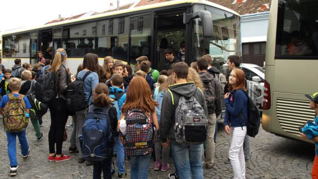 440_0008_5580604_eis37df_domplatz_busse_3sp.jpg