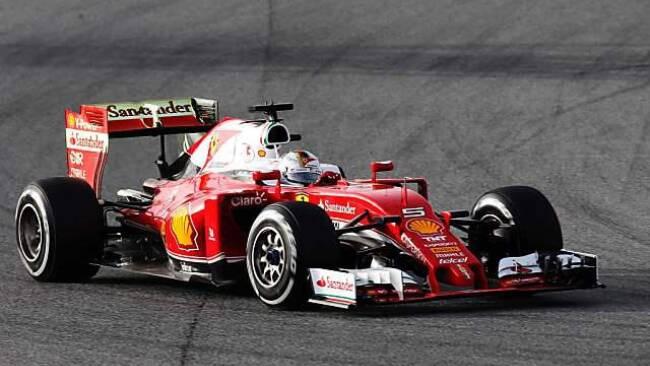 Vettel sagt Mercedes den Kampf an
